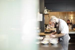 Chef Micha Schäfer del Restaurant Nobelhart i Schmutzig a Berlín
