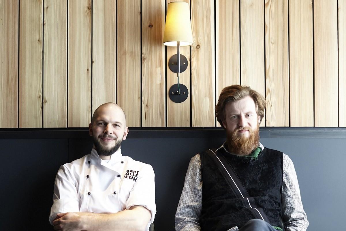 Chef Micha Schaefer i Sommelier Billy Wagner, propietària del restaurant Michelin Nobelhart & Schmutzig a Berlín