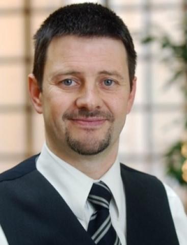 Roland Vanden Abbeele es va convertir en el primer sommelier de l'aigua a Bèlgica el 2006.