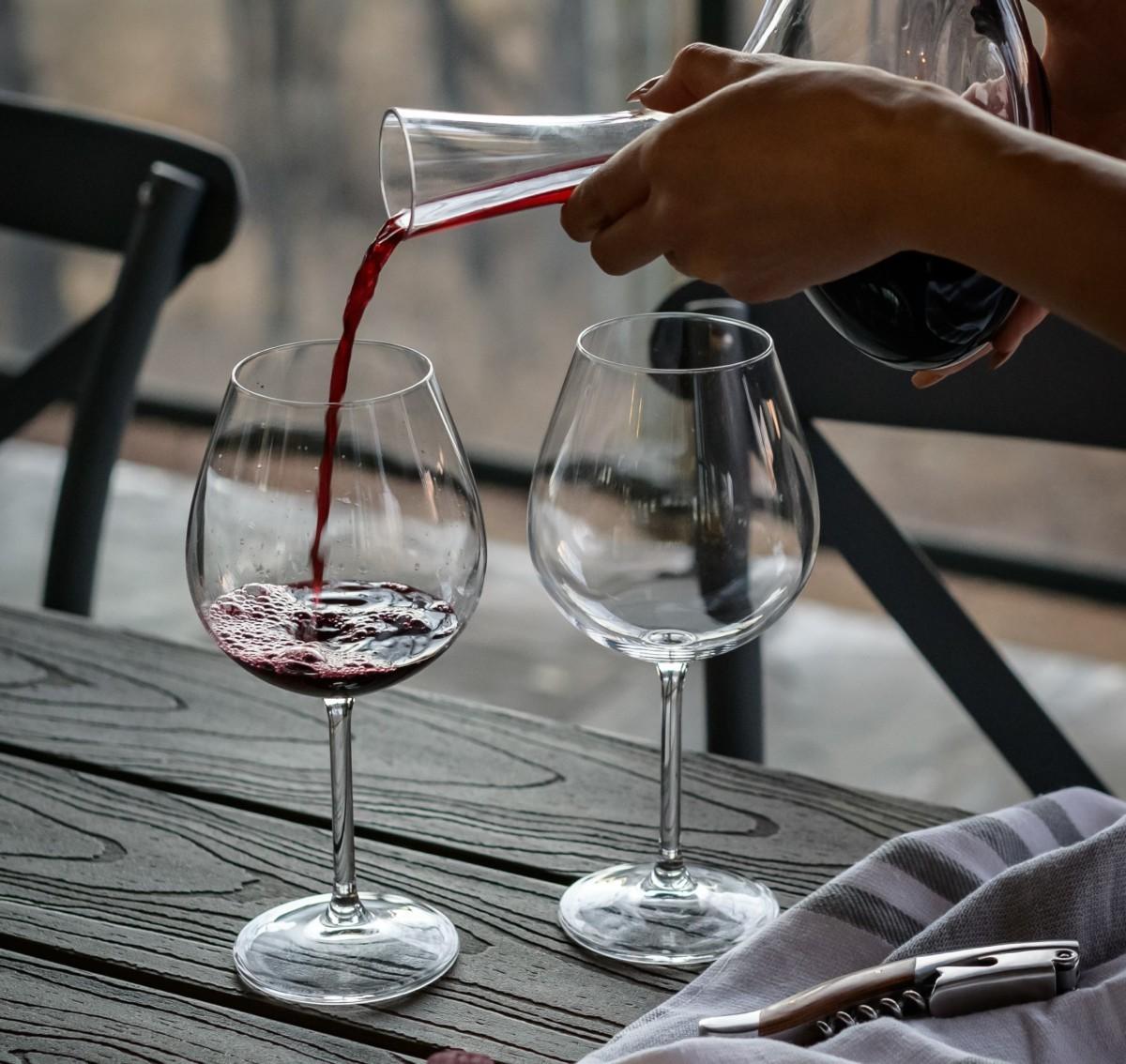 Considerar l'aigua com el vi: l'aigua, com el vi, té el seu terrer.