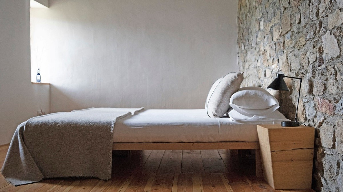 In de bed & breakfast van Cal Calsot in Spanje wordt Pineo ook op de kamers geserveerd