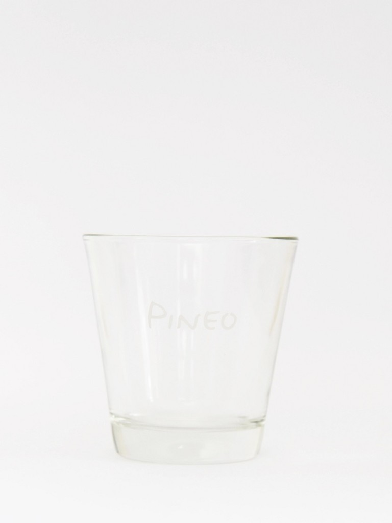 Water glass from Pineo.